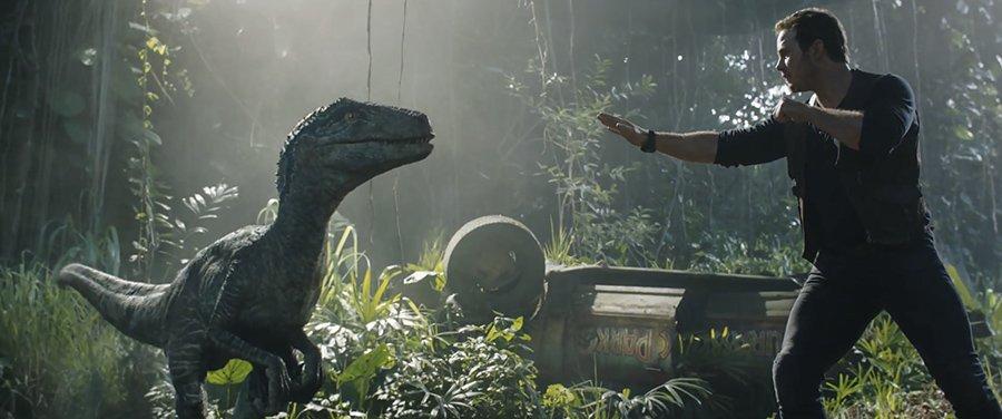 Jurassic World Fallen Kingdom - Blue vs Owen